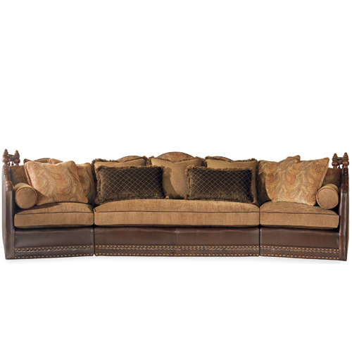 LR-826 Highlander Sectional